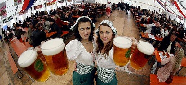 Na výstavišti vpražských Letňanech začal 14.května třetí ročník Českého pivního festivalu.