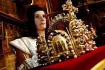 Zahájení slavnosti Královský průvod z Prahy na Karlštejn aneb Cesta Karla IV. s korunovačními klenoty.