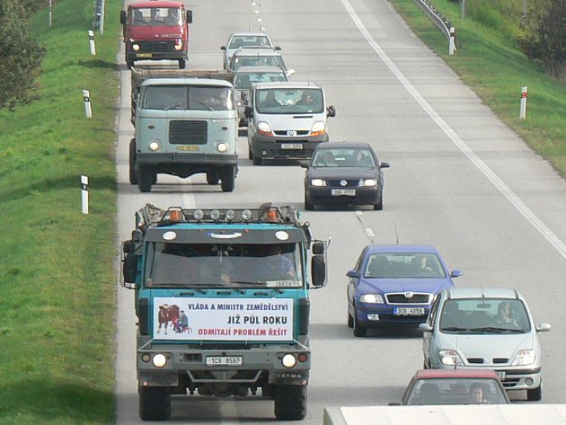 Zemědělci vyjeli na silnice i na Českobudějovicku.