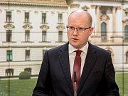 Ministr financí Andrej Babiš (ANO) dnes ve Sněmovně znovu hájil zavedení elektronické evidence tržeb.