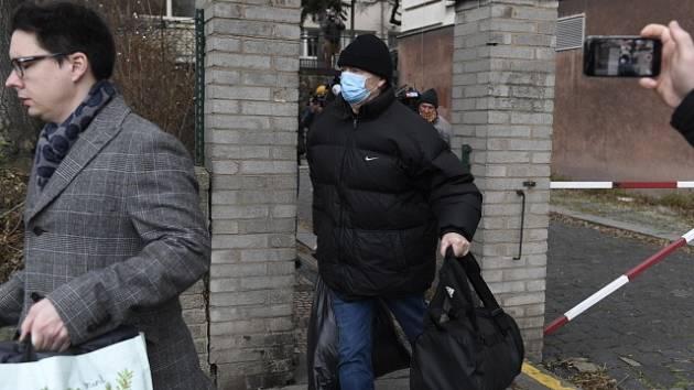 Bývalý místopředseda FA ČR Roman Berbr opouští vězení.