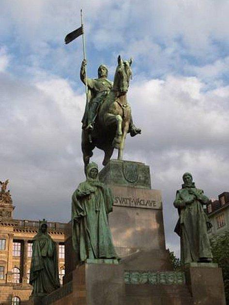 Myslbekova socha sv. Václava na Václavském náměstí v Praze