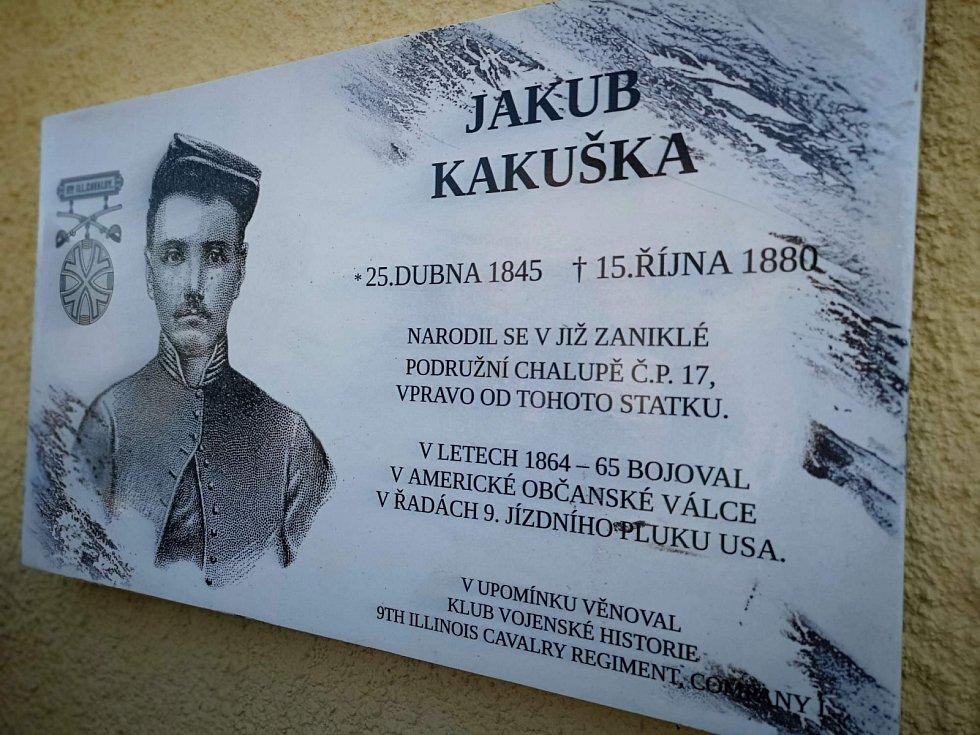 V roce 2018 byla v Podeřišti odhalena pamětní deska místnímu rodáku Jakubu Kakuškovi