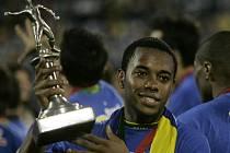 Brazilský útočník Robinho s cenou pro nejlepšího střelce mistrovství Ameriky.