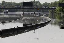 Následky prudkých dešťů v Houstonu.
