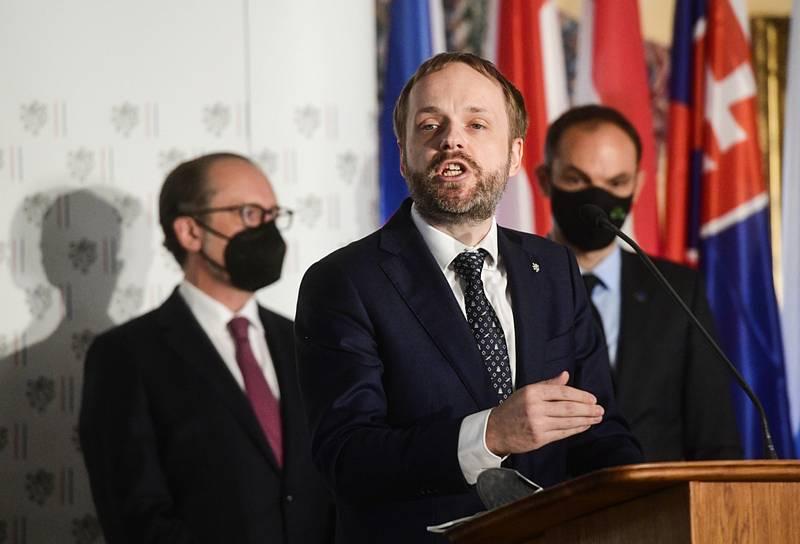 Jakub Kulhánek na jednání C5
