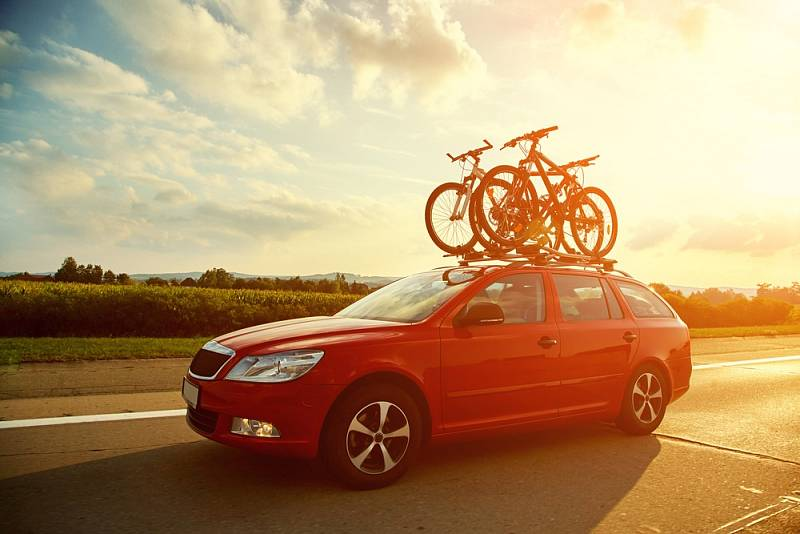 Mnoho českých turistů se letos vydá na dovolenou automobilem.