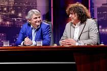 Nový pořad TV Prima moderují ostřílení Michal Suchánek a Richard Genzer, kteří si budou celý podzim zvát do holešovického klubu La Fabrika skvělé hosty – divákům je pak představí na Primě vždy v neděli ve 21.30.