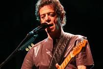 Rocker Lou Reed vzdává poctu zesnulému exprezidentovi Václavu Havlovi.