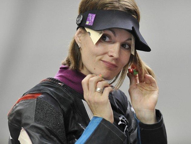 Kateřina Emmons skončila ve střelbě ze vzduchové pušky na olympijských hrách v Londýně čtvrtá.