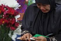 V Indonésii, Thajsku, Indii a na Srí Lance se dnes konají vzpomínkové akce, jimiž si Asiaté připomínají ničivé zemětřesení a cunami z roku 2004.