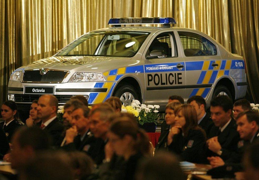 Na Žofíně se konala konference o reformě policie ČR, v rámci které byl představen nový policejní vůz značky Škoda.