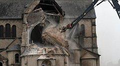 Demolice kostela v německém městečku Immerath