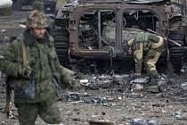 Nejméně 179 ukrajinských vojáků padlo za měsíc bojů při obraně města Debalceve na východě země.