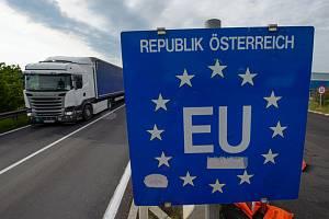 Česko-rakouská hranice v Dolním Dvořišti