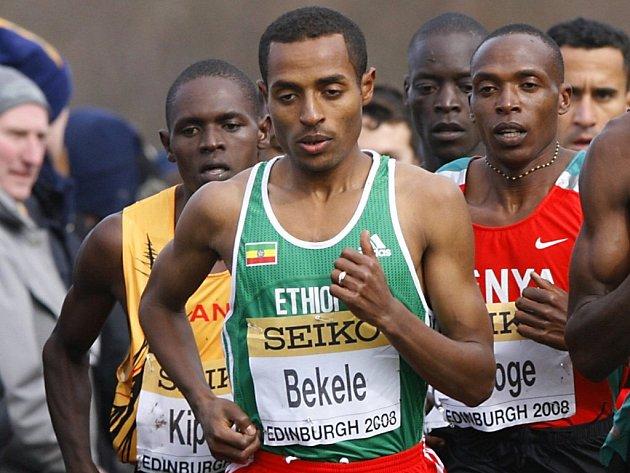 Slavný vytrvalec Kenenisa Bekele se stal pošesté mistrem světa v krosu na dlouhé trati.