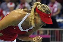 Maria Šarapovová zajistila Ruskám semifinále Fed Cupu.