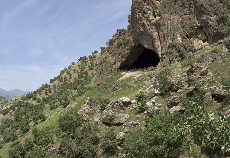 Jeskyně Šánidar v severním Iráku, slavné sídlo i pohřebiště neandertálců
