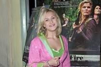 Americká herečka Skye McColeová Bartusiaková.