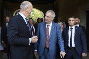 Prezident Miloš Zeman (uprostřed) se 20. září 2018 v rámci oficiální návštěvy Německa setkal s ministerským předsedou Spolkové země Braniborsko Dietmarem Woidtkem (vlevo).