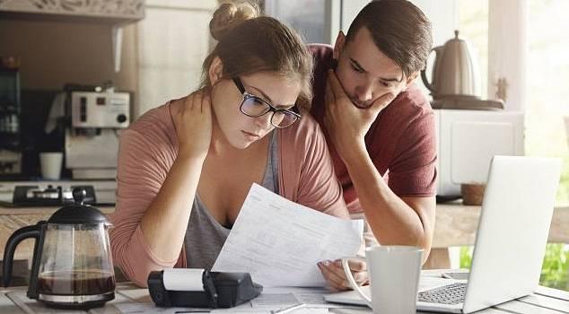 Téměř každý z nás někdy řešil půjčku. Jaký vliv to má na náše zdraví?