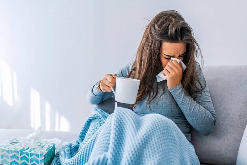 Chladné počasí může potrápit náš imunitní systém, čímž se zvyšuje náchylnost k infekcím