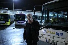 Ke stávce řidičů linkových autobusů kvůli nízkým mzdám se 6. dubna připojili řidiči městské dopravy v České Lípě.