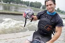 Kajakář Vavřinec Hradilek a jeho nová helma