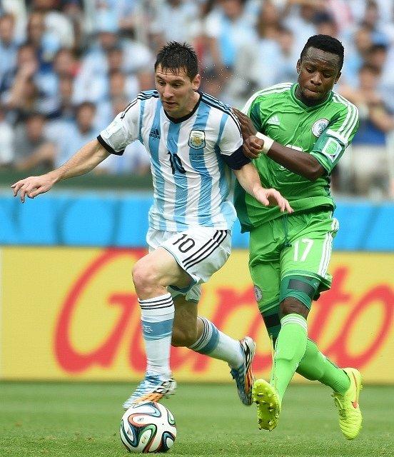 Argentina - Nigérie: Lionel Messi a Ogenyi Onazi
