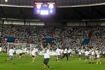 Fanoušci vtrhli při zápase Baníku s Opavou na hřiště