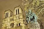 Pařížská katedrála Notre Dame