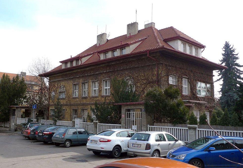 Dvojvila bratří Čapků v Praze