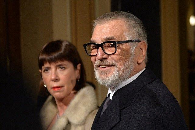 Herec Jiří Bartoška s manželkou Andreou 5. března v Praze před předáváním cen České filmové a televizní akademie Český lev.