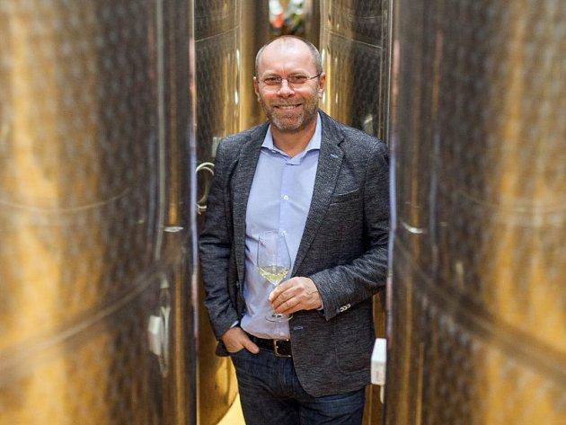 Prezident Svazu vinařů a spolumajitel popického vinařství Sonberk Tibor Nyitray.