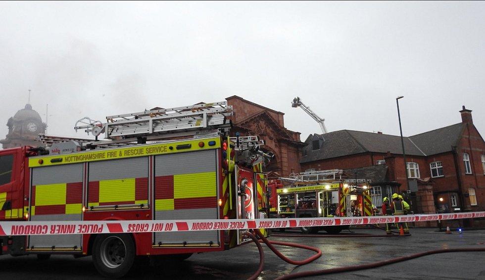 Požár na železničním nádraží v Nottinghamu