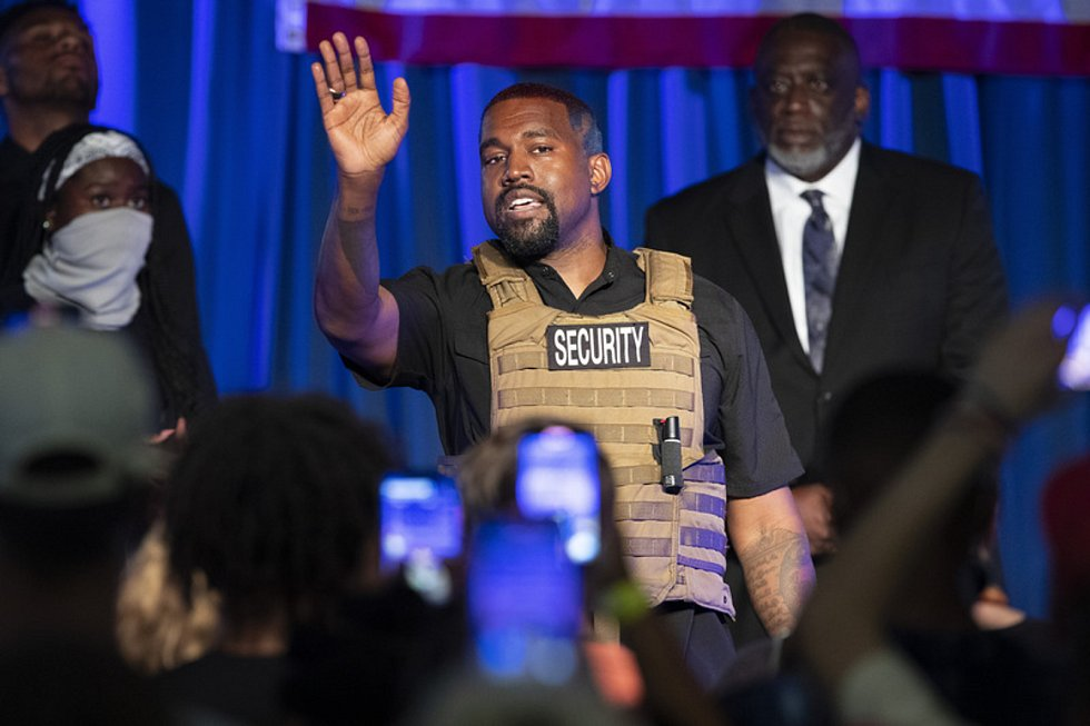 Rapper Kanye West na předvolebním mítinku 19. července 2020