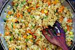 Rychlá smažená rýže se zeleninou