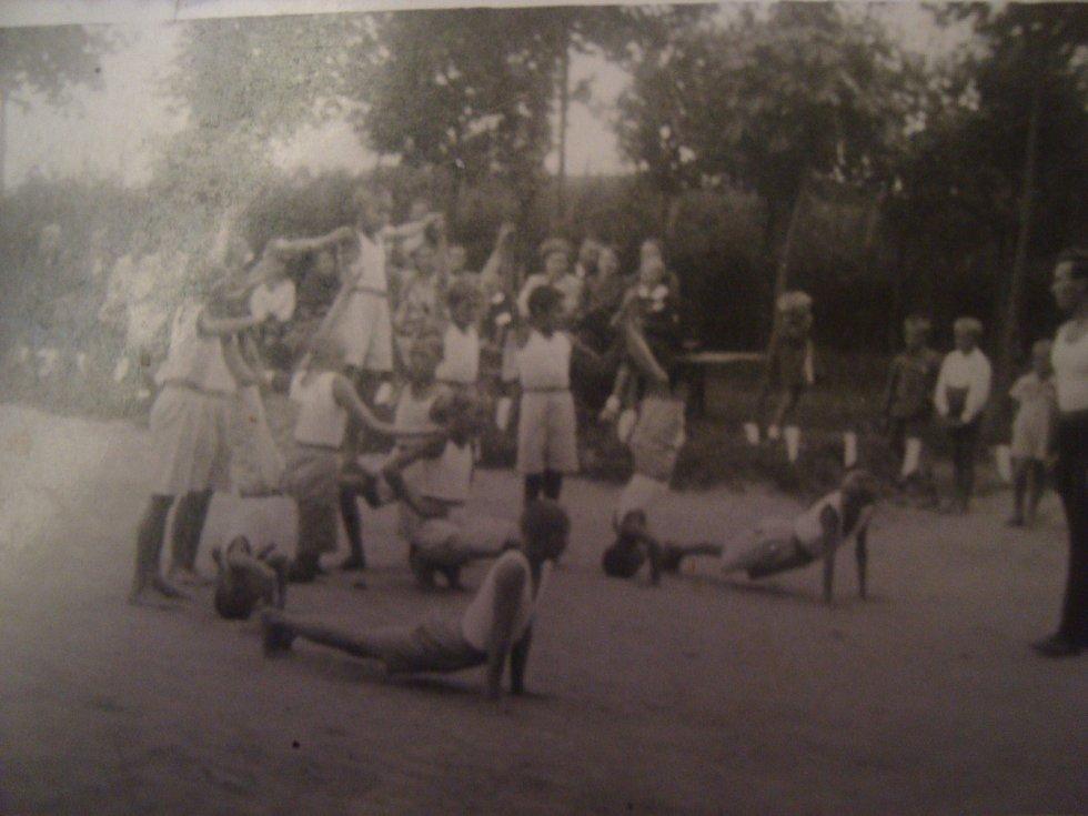 Sokolové ve Strakově