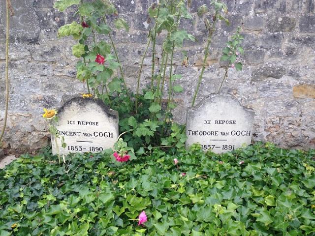 Hrob Vincenta Van Gogha a jeho bratra Théa