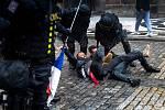 Na pražském Staroměstském náměstí uskutečnila demonstrace odpůrců vládních protiepidemických opatření.