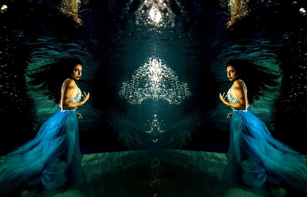 Bára Holzknechtová v muzikálu Alice, Alenka a voda živá