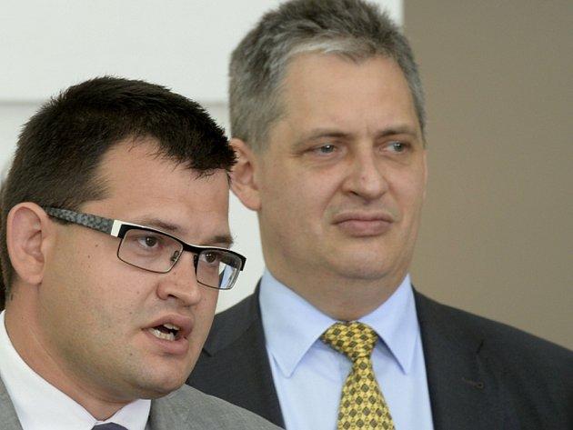 Jan Chvojka a Jiří Dienstbier.