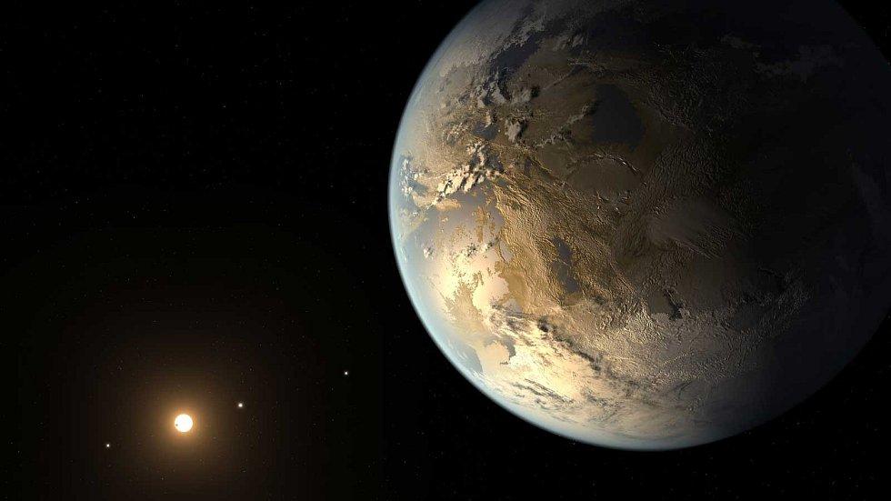První pronásledovatel. Vesmírný teleskop Kepler dosud objevil nejvíce exoplanet. Má na svém kontě přes 2 000 nálezů a několik tisíc dalších planetárních kandidátů. Na vizualizacích nahoře a vpravo jsou některé z jeho úlovků.