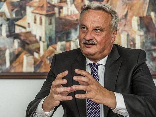 Jiří Nováček, 1. náměstek ministra vnitra pro vnitřní bezpečnost, poskytl 13. srpna v Praze rozhovor Deníku.