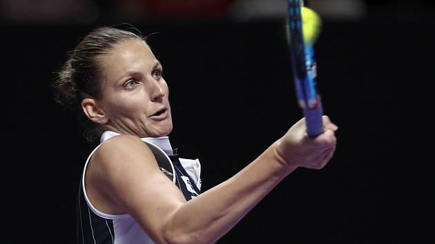 Česká tenistka Karolína Plíšková v utkání Turnaje mistryň v Šen-čenu