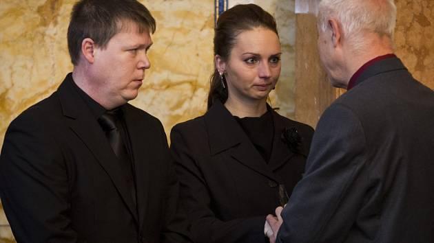 Cenu Michala Velíška za rok 2014 převzali 3. prosince v Praze rodiče Petra Vejvody, zabitého šestnáctiletého studenta obchodní akademie ve Žďáru nad Sázavou.