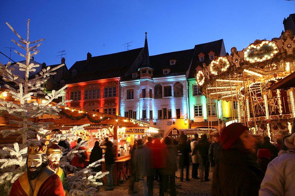 Vánoční trhy v Mylhúzách v roce 2008, dva roky po Kellerově sebevraždě