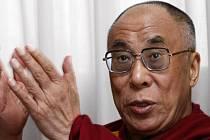 Jeho svatost dalajlama se stal čestným občanem Paříže - pochopitelně přes tvrdý odpor Číny