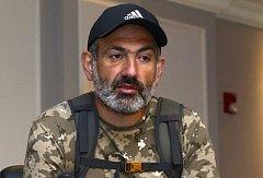 Protesty v Arménii. Opoziční lídr Nikol Pašinjan