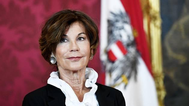 Nově jmenovaná rakouská kancléřka Brigitte Bierleinová